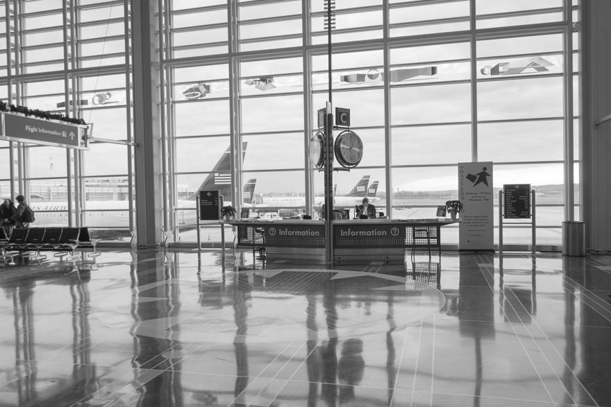 Washington DC Airport (8:36am, Dec 2013)